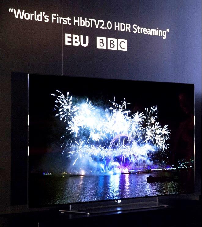 - LG-partenaire-des-diffuseurs-et-fournisseurs-pour-promouvoir-du-contenu-HDR-sur-les-TV-OLED-4K