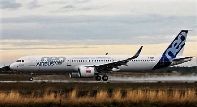 - Airbus-effectue-des-vols-d'essai-à-l'Aéroport-Tozeur-Nefta-de-son-prototype-Airbus-A321neo